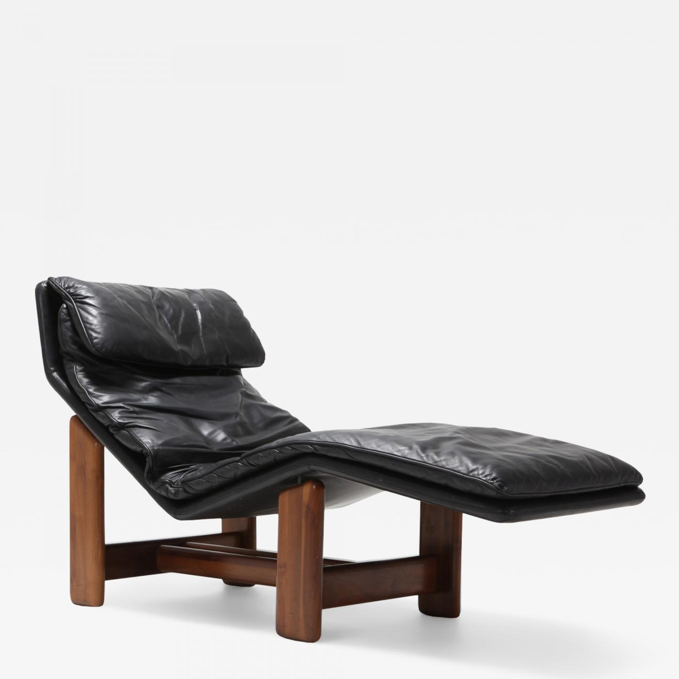 Enjoyable Afra Tobia Scarpa Black Leather And Walnut Lounge Chair Pabps2019 Chair Design Images Pabps2019Com