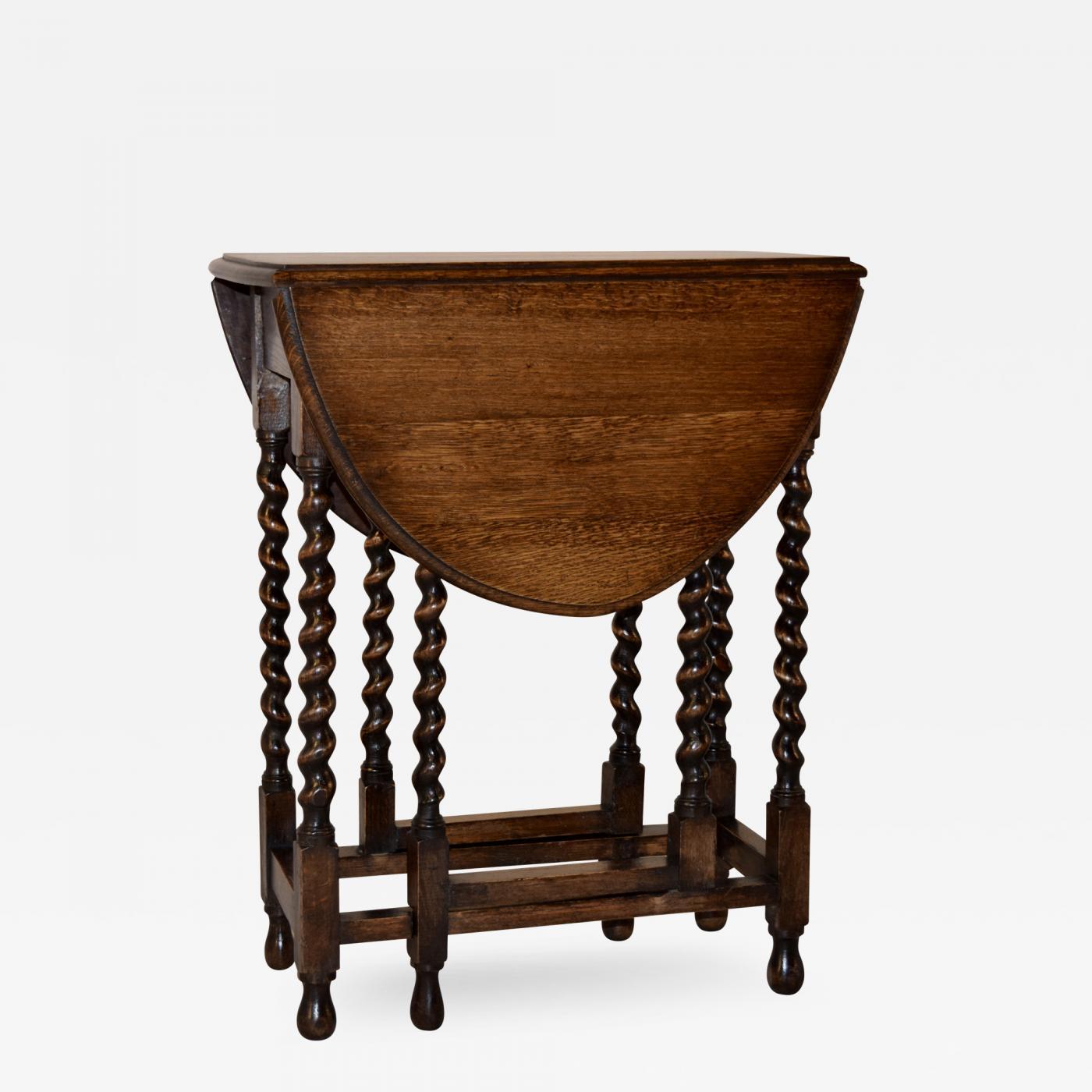 Circa 1900 English Oak Gateleg Table