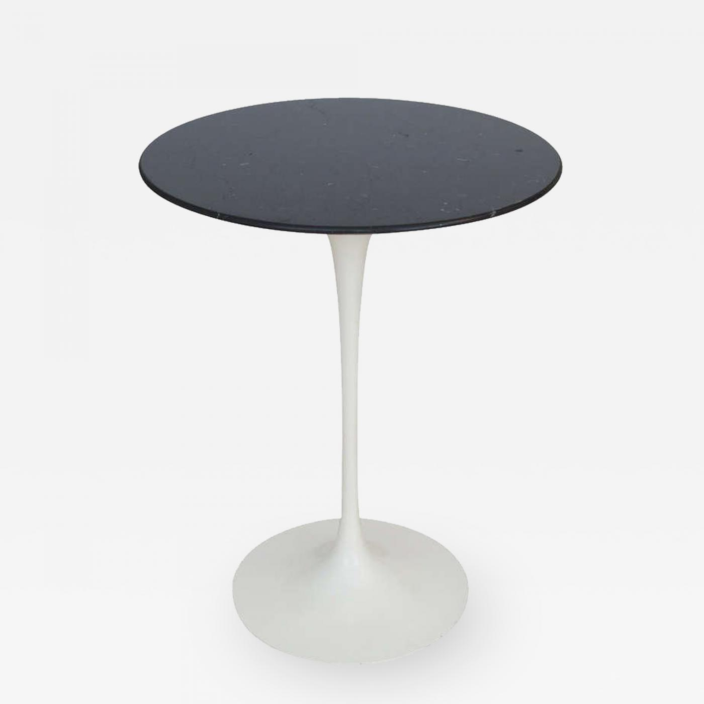 Eero Saarinen Eero Saarinen Knoll Side Table Black Carrara Marble - Saarinen carrara marble table