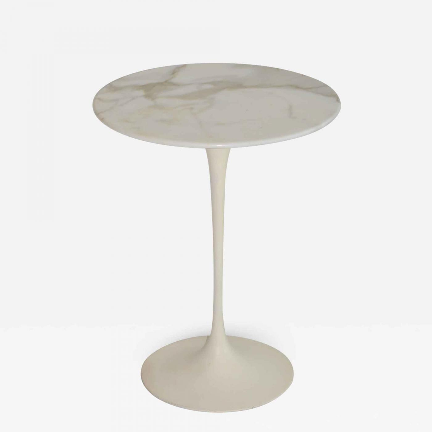 Eero Saarinen Eero Saarinen Tulip Side Table In Marble By Knoll