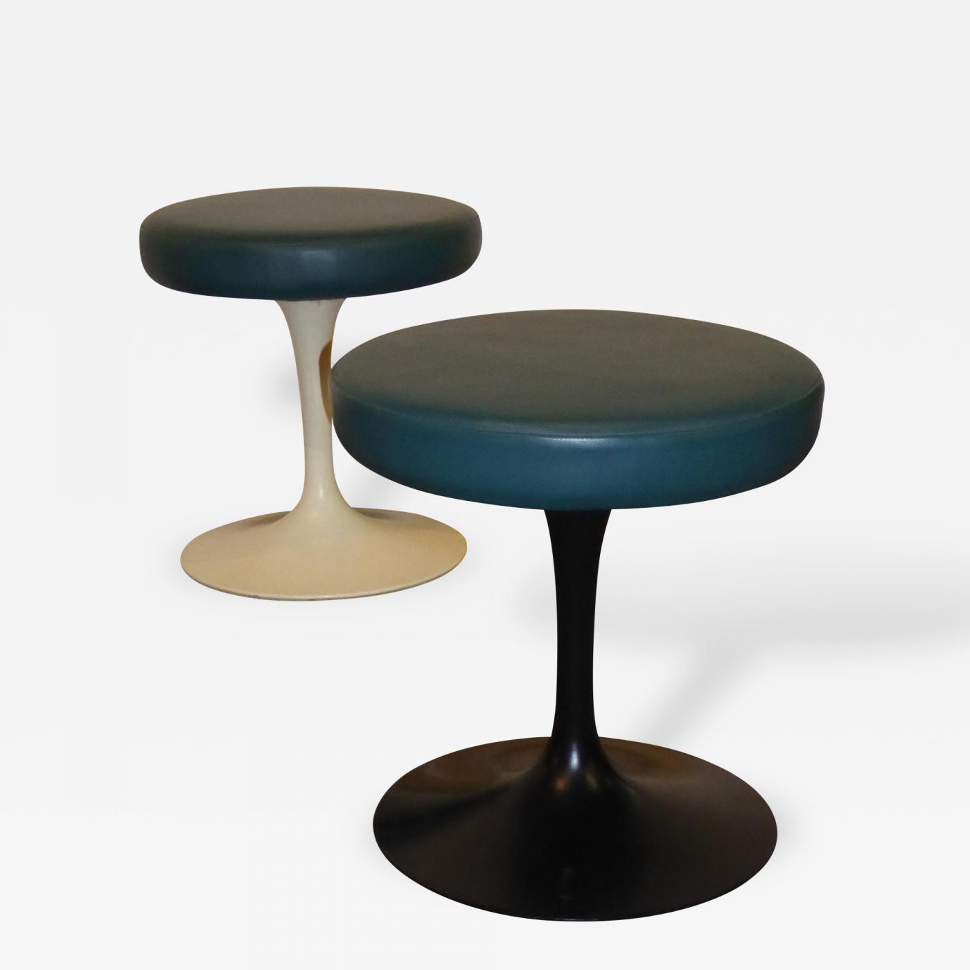 """Eero Saarinen Pair of Knoll Leather """"Tulip"""" Swivel Stools Black"""