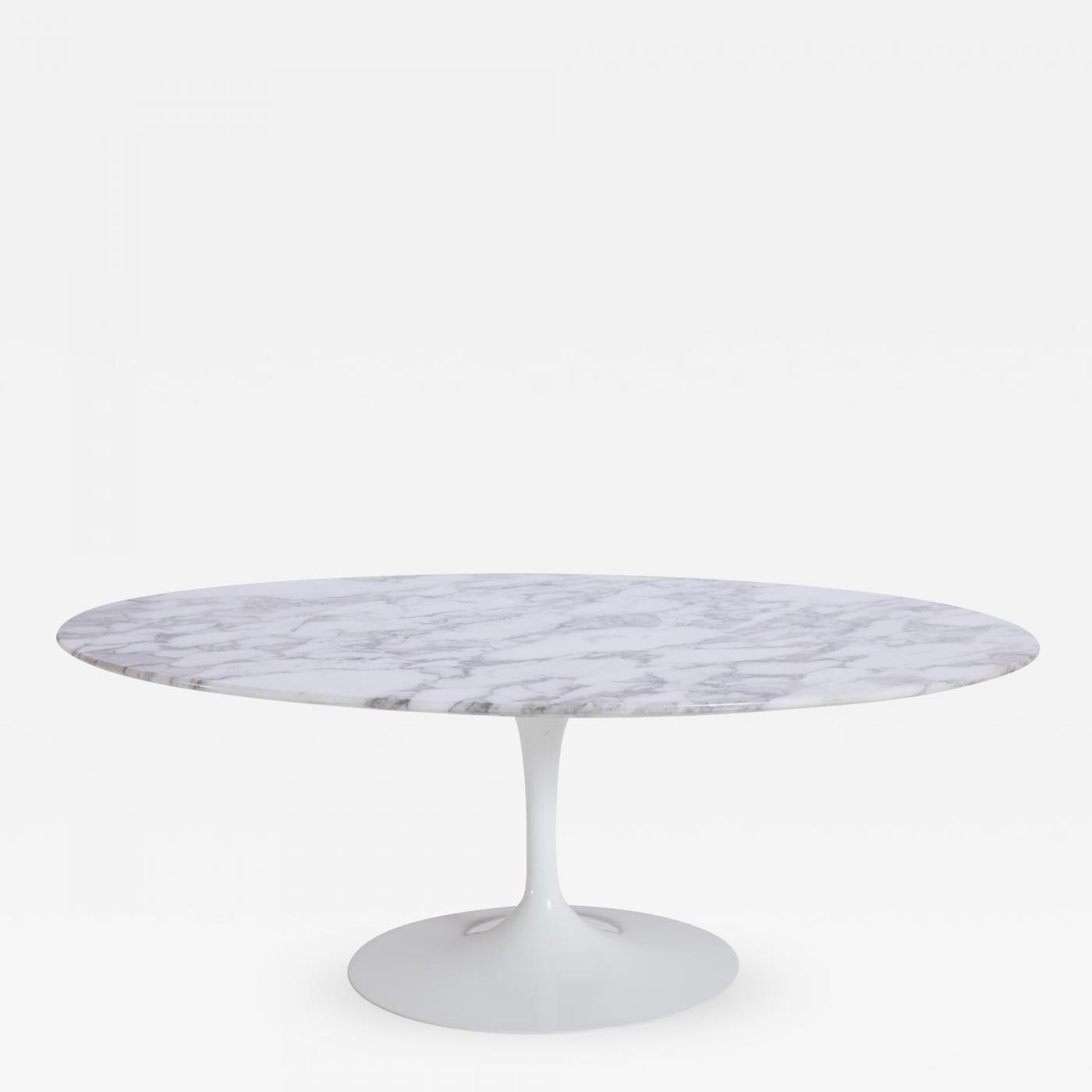 Oval Tulip Coffee Table: Saarinen Oval Tulip Coffee Table In