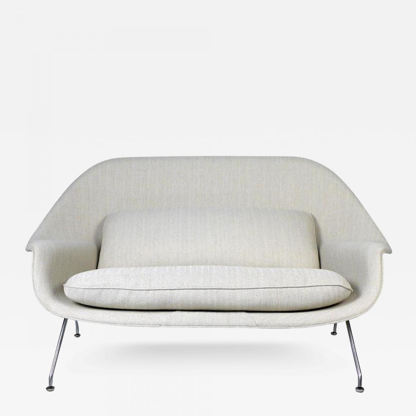 Eero Saarinen Womb Sofa by Eero Saarinen for Knoll