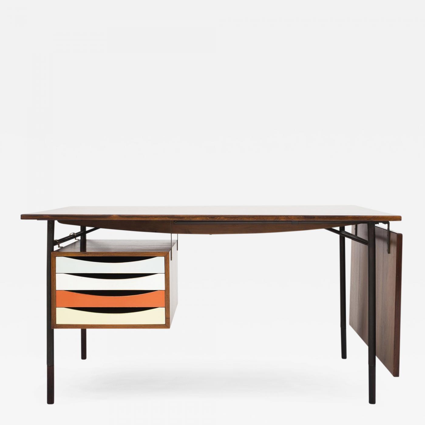 "Finn Juhl BO 69 ""Nyhavn"" Table"