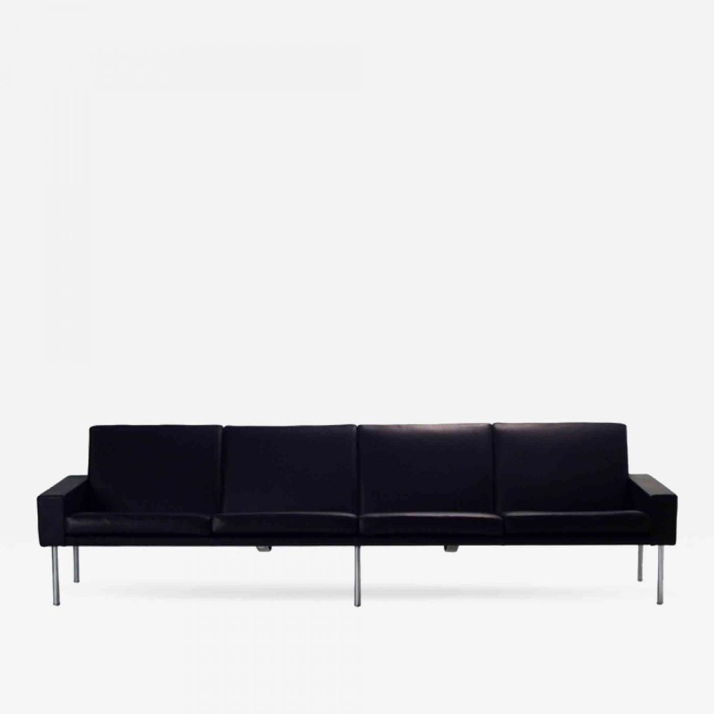 Hans Wegner - AP34 4-Seater Sofa