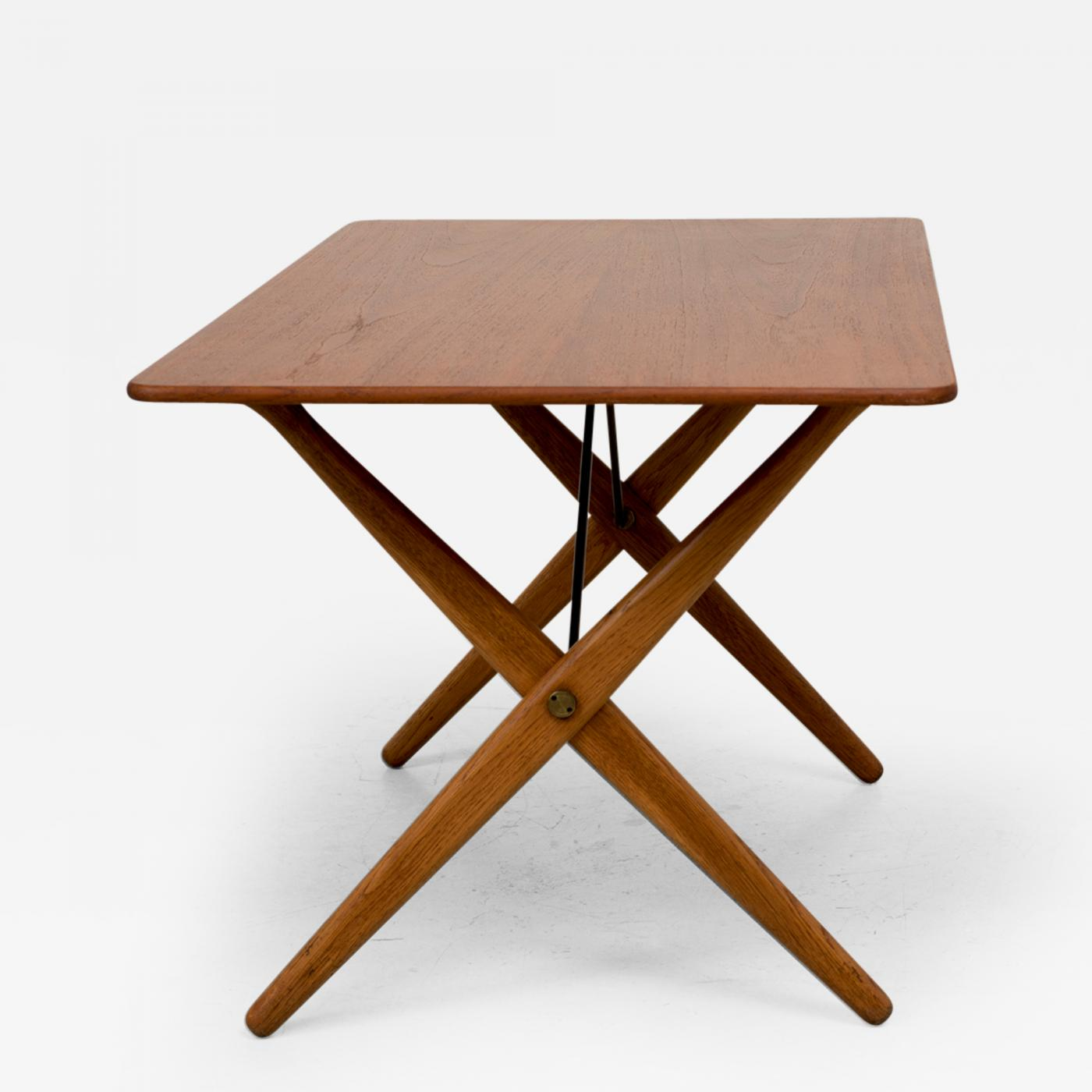 Hans Wegner Hans Wegner AT308 Table with Brass Stretchers