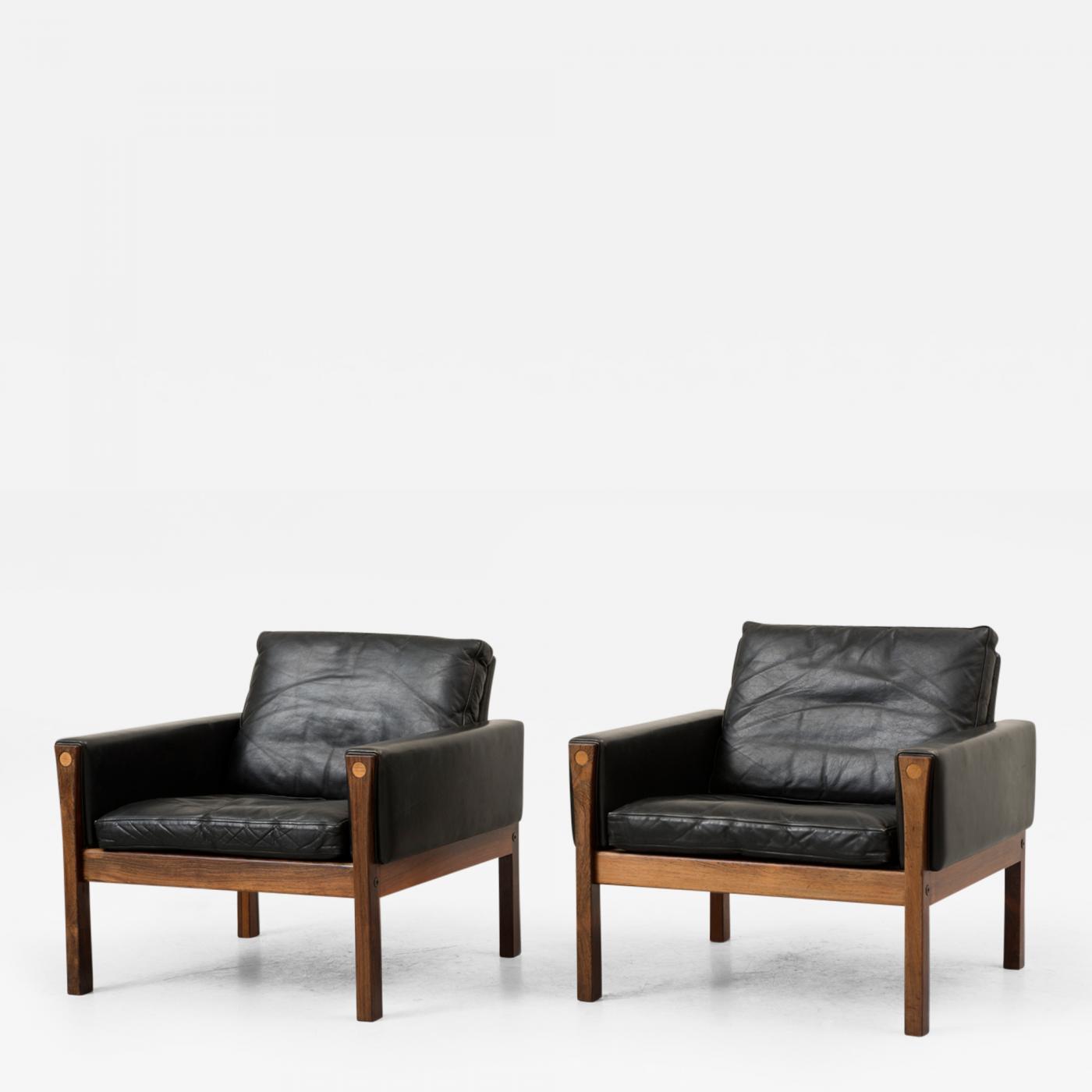 Hans J Wegner Hans Wegner Pair of AP 62 Chairs in Rosewood and