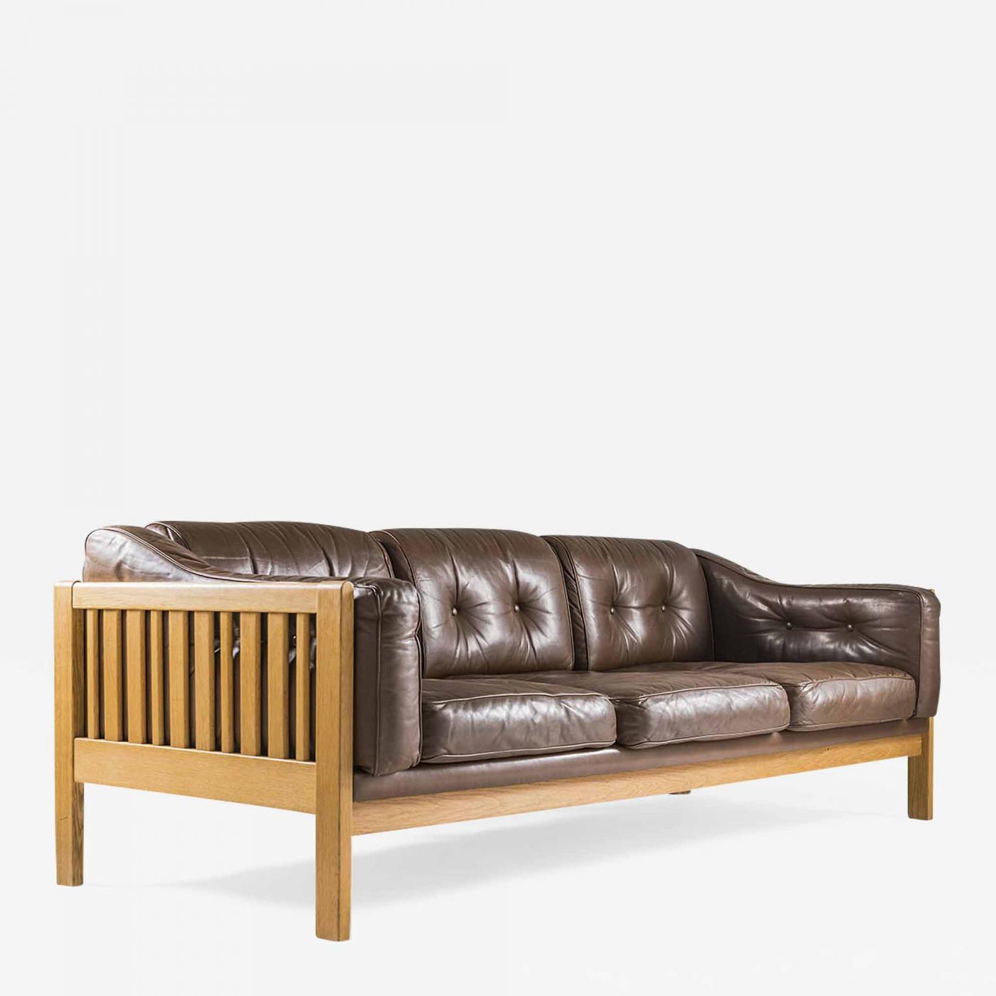 Ingvar Stockum - Swedish Mid-Century Sofa in Oak and Leather \