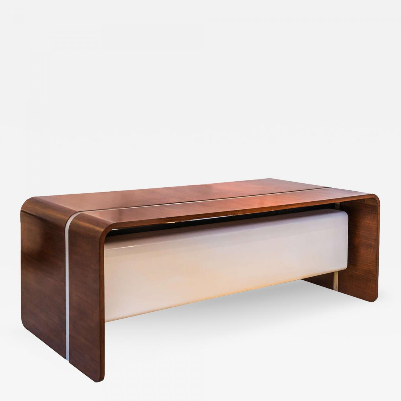 Exceptional Listings / Furniture / Case Pieces / Desks   Secretaries