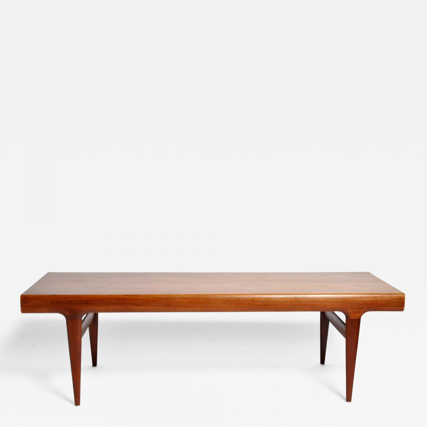 Mid Century Modern Coffee Table With Storage