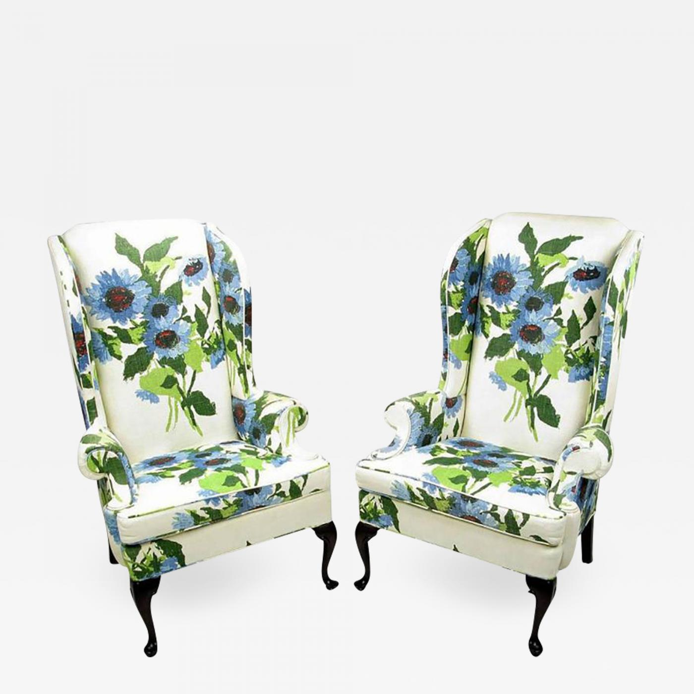Pair of Elegant and Bold Floral Linen Upholstered Wing Chairs by Hickory Chair  sc 1 st  Incollect & Hickory Chair Co. - Pair of Elegant and Bold Floral Linen Upholstered ...