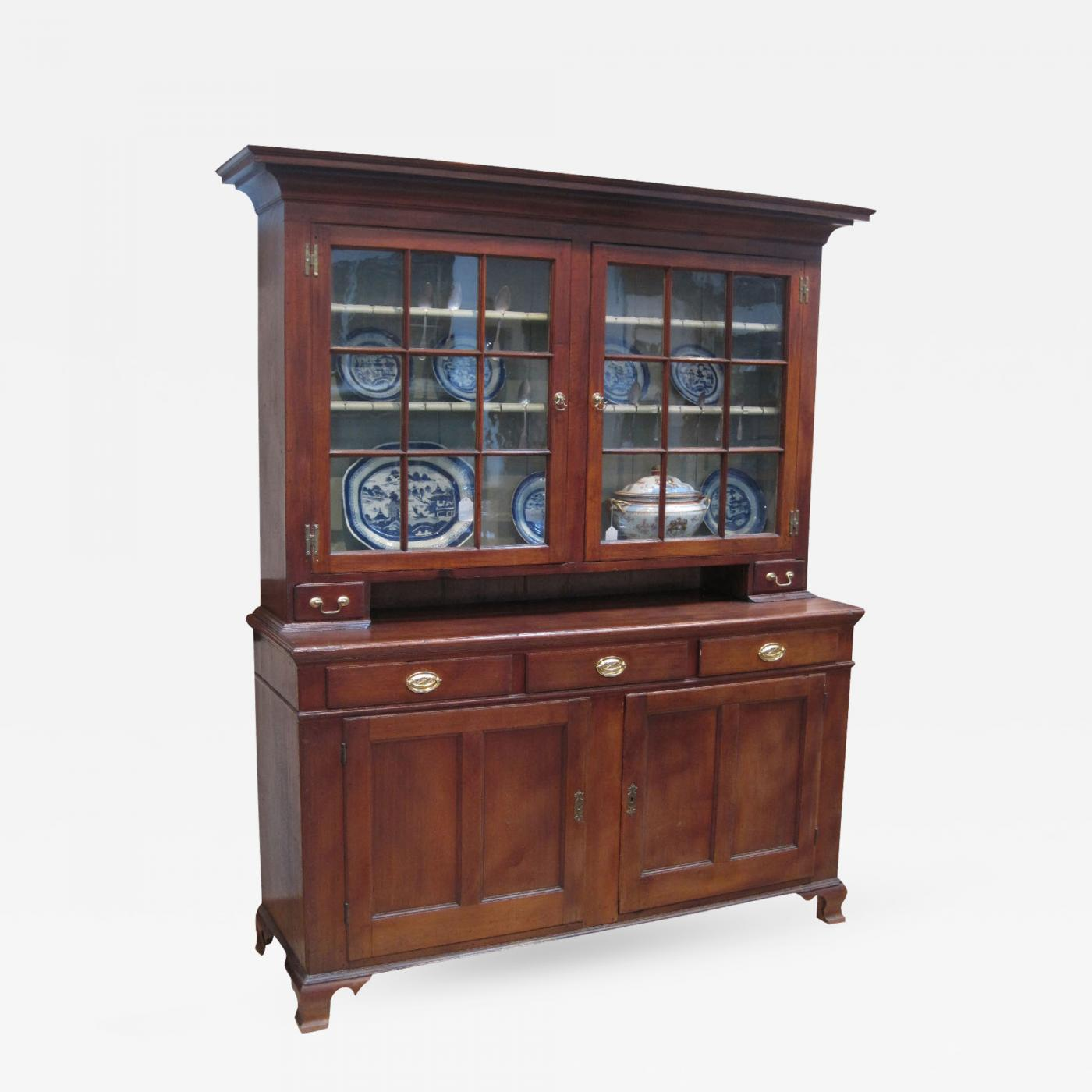 Listings / Furniture / Case Pieces / Cabinets · Pennsylvania Dutch Cupboard