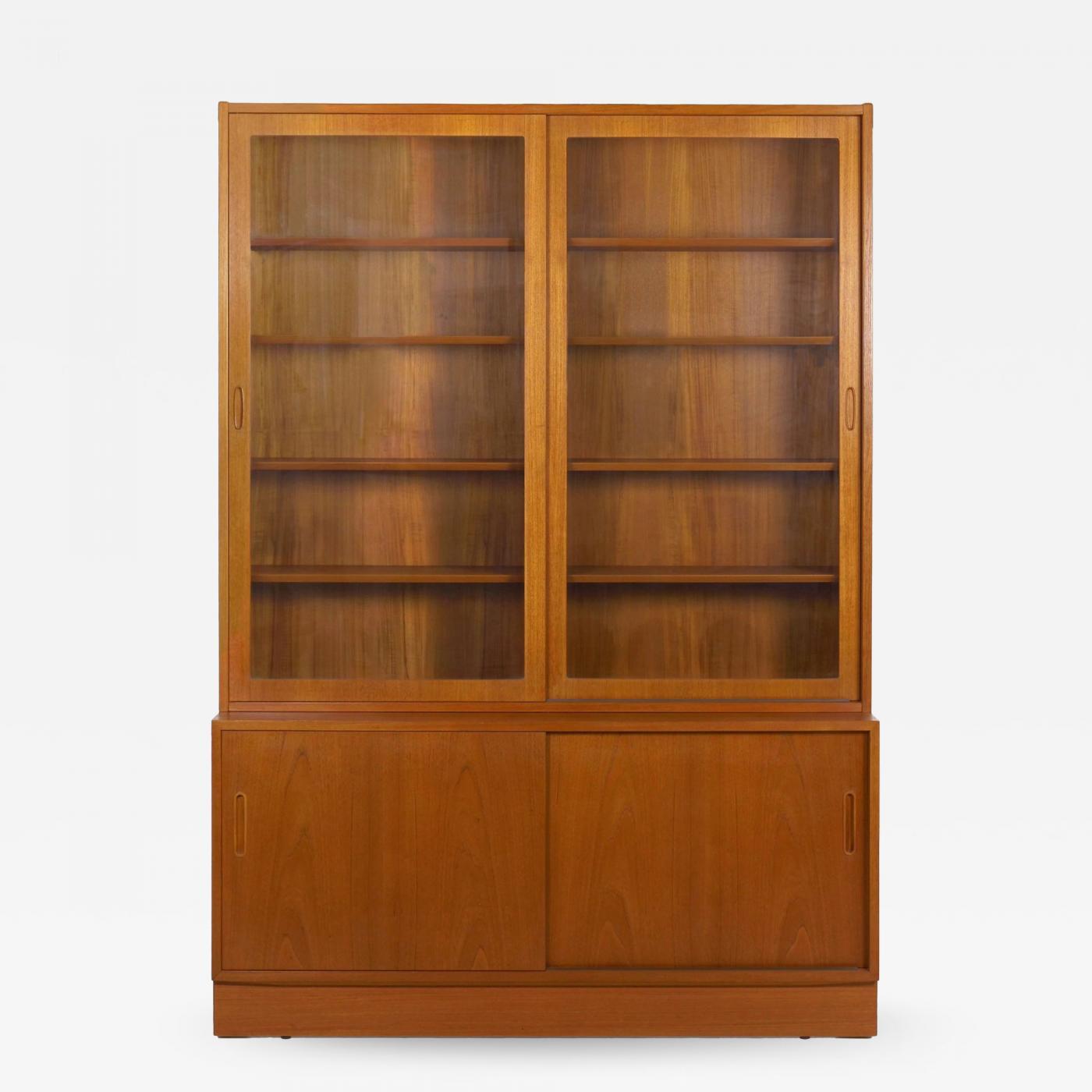 Poul Hundevad Danish Mid Century Modern Teak Bookcase Bookshelf Cabinet By Poul Hundevad