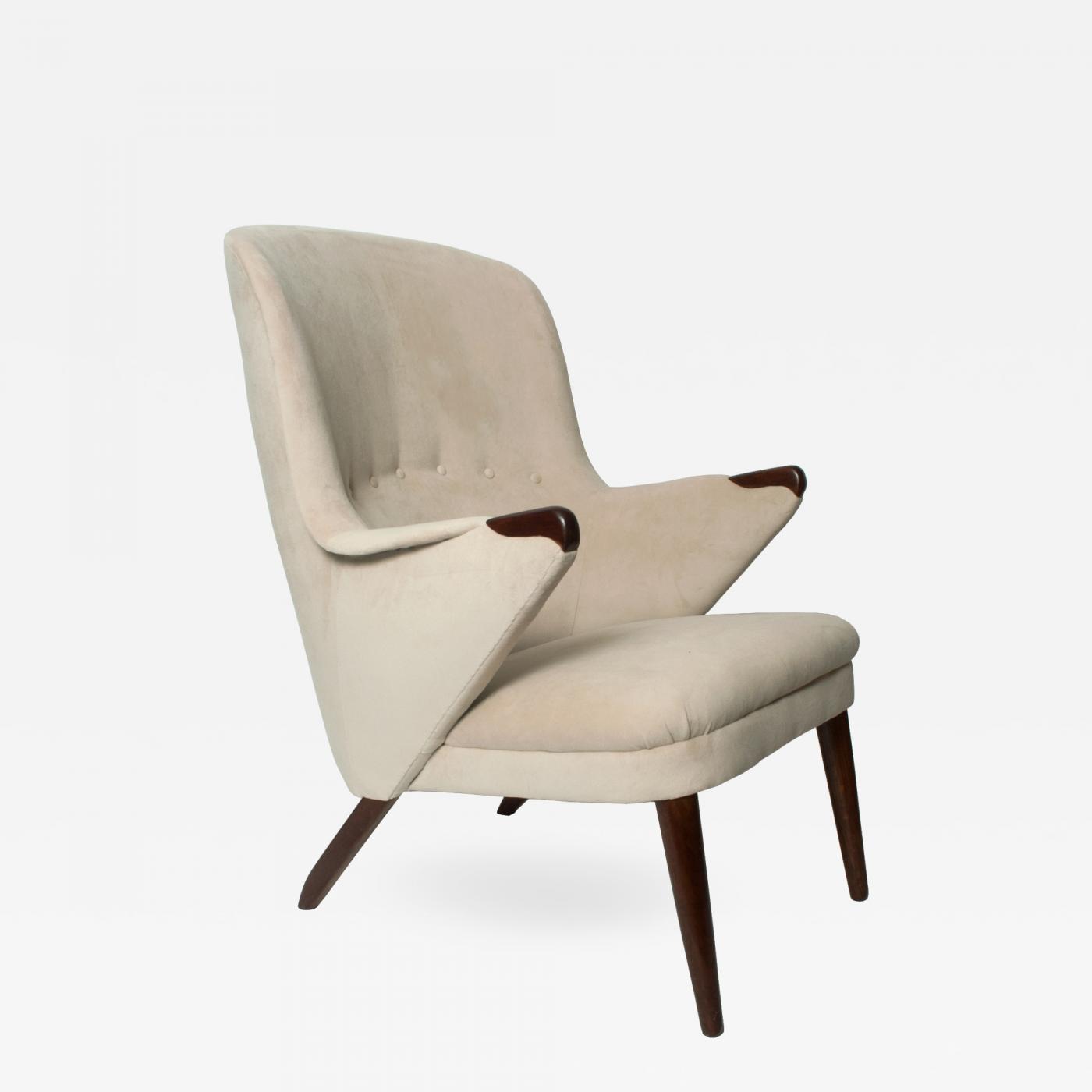 Awe Inspiring Scandinavian Modern Curved High Back Upholstered Lounge Chair With Teak Legs Uwap Interior Chair Design Uwaporg
