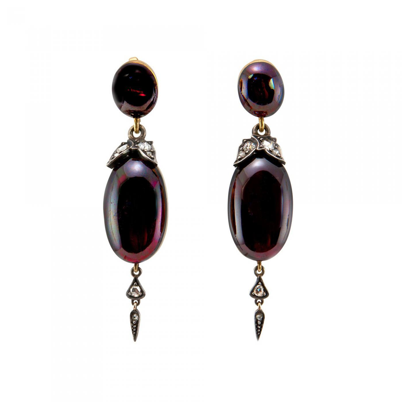 Victorian Garnet Carbuncle and Gold Dangle Earrings Circa 1860s